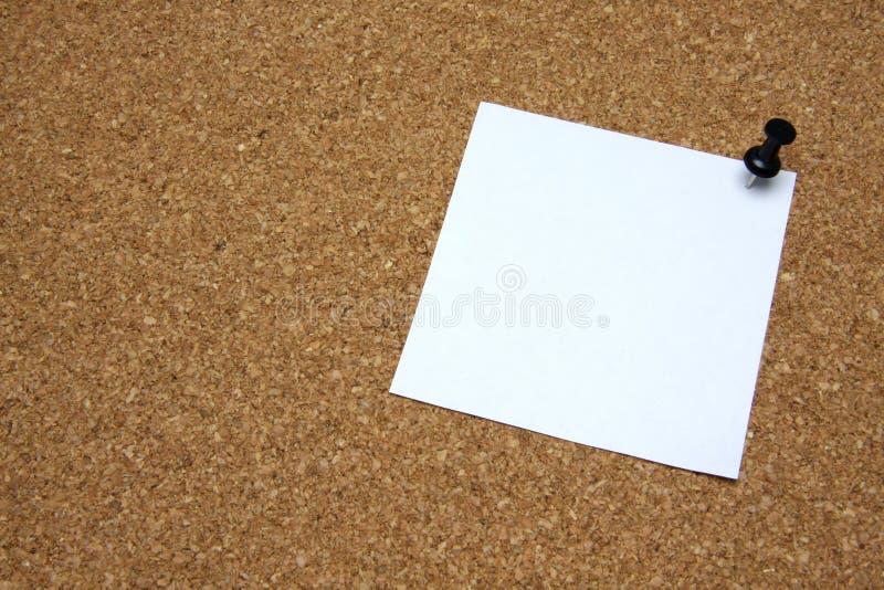 corkboard附注过帐图钉 免版税库存照片