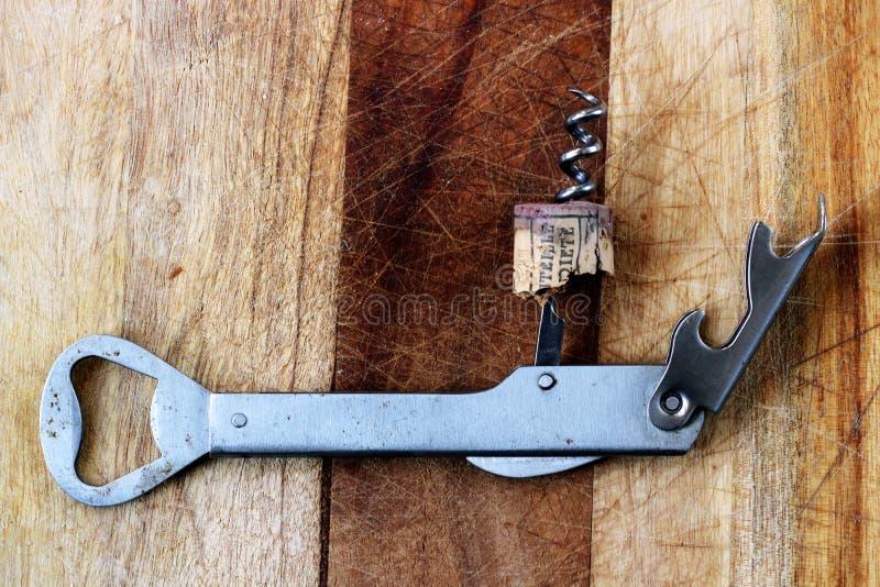 Corkscrew butelki otwieracz promować wina pojęcie fotografia stock