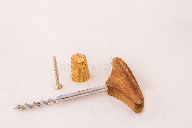 Corkscrew, korek i śruba fotografia royalty free
