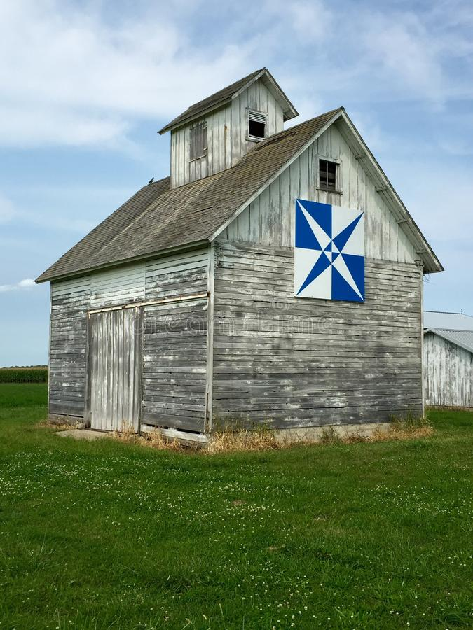 Corn Crib With A Quilt Pattern royalty free stock photo