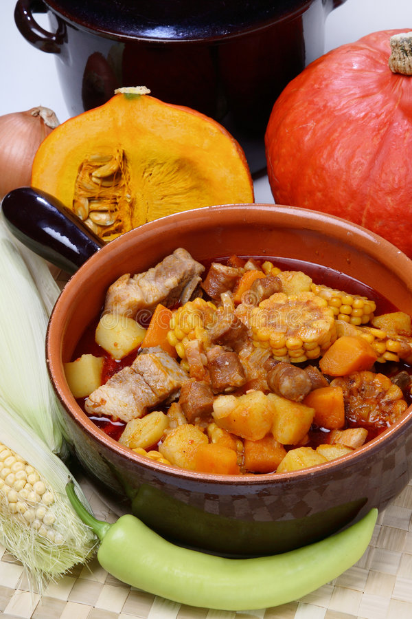 Free Corn, Meat And Pumpkin Stew Royalty Free Stock Image - 6971576