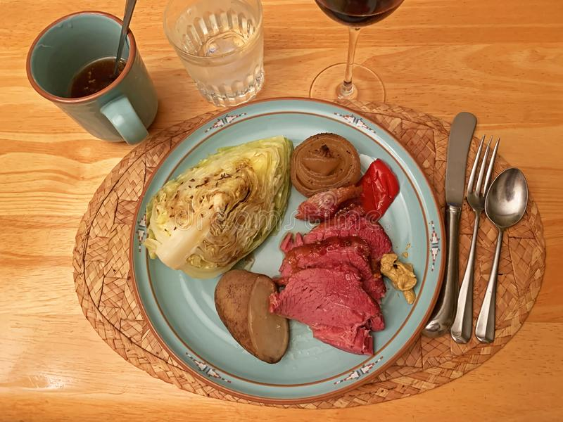 Corned beef and cabbage royalty free stock photos
