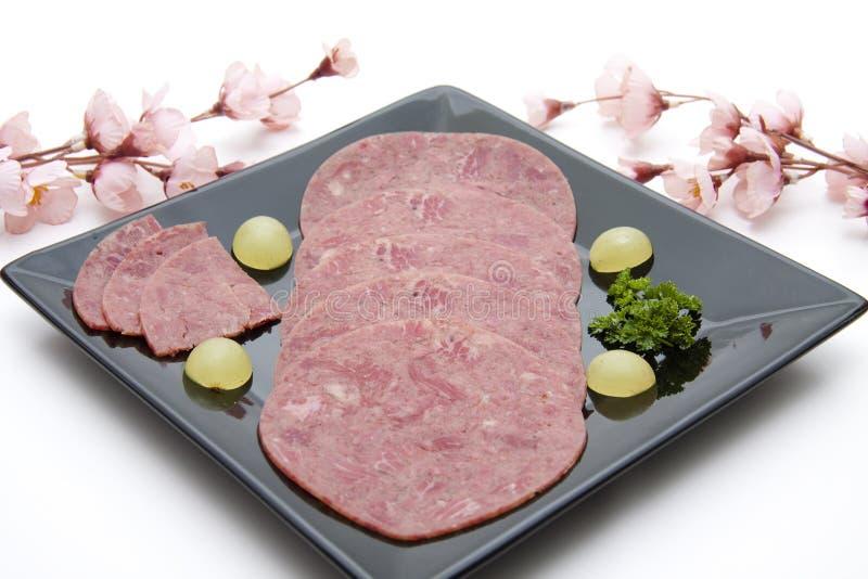 Corned-Beef mit Blumen lizenzfreie stockfotos