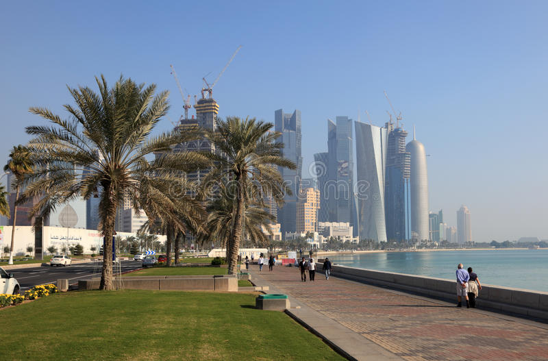 Corniche av Doha, Qatar royaltyfria bilder