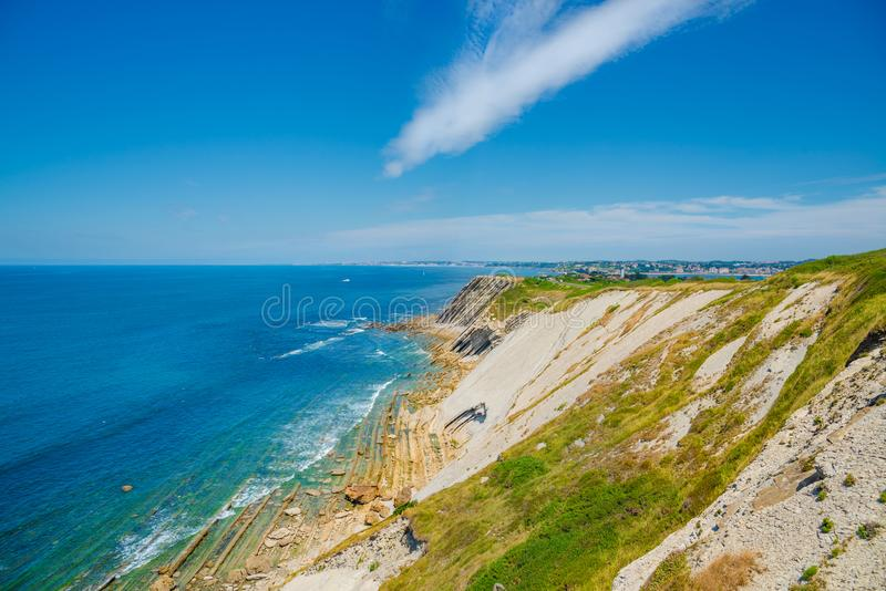Corniche D ` Urrugne, de Atlantische Oceaan, Baskisch Land, Frankrijk royalty-vrije stock foto