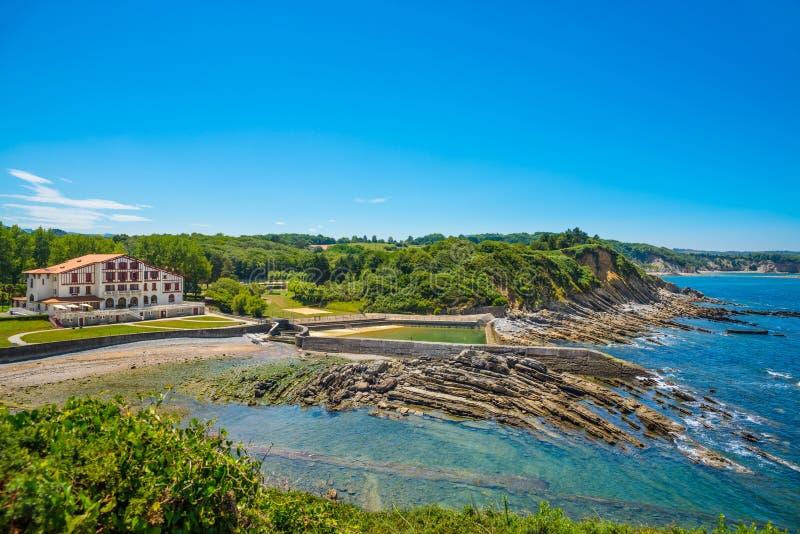 Corniche D ` Urrugne, de Atlantische Oceaan, Baskisch Land, Frankrijk royalty-vrije stock afbeeldingen