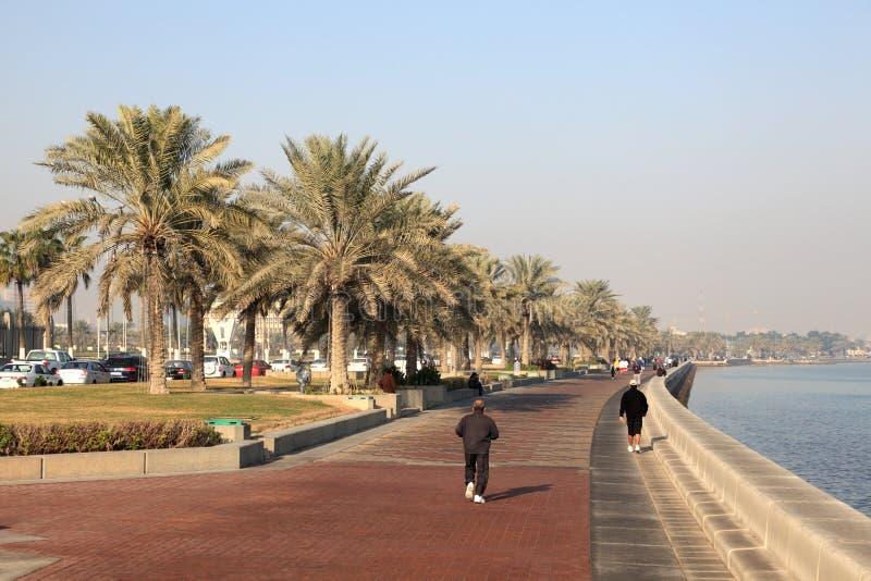 Download Corniche de Doha, Qatar imagem editorial. Imagem de árabe - 26500650