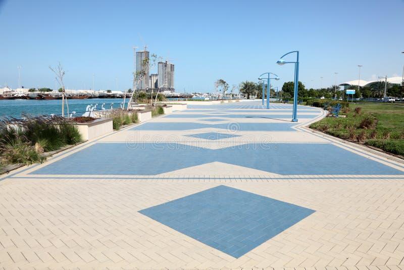 Corniche en Abu Dhabi images libres de droits