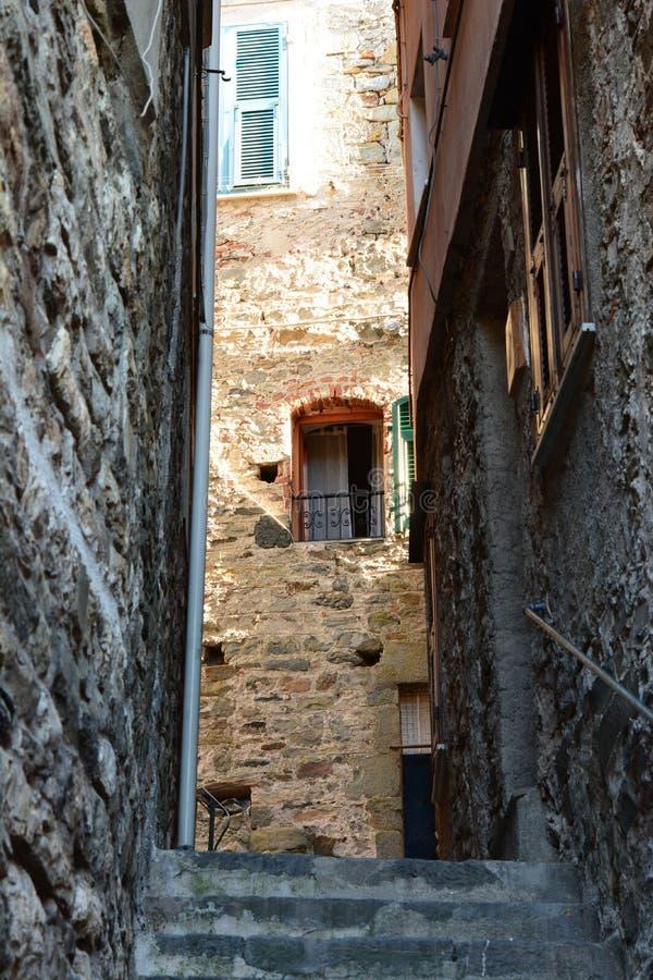 Corniglia vecchia strada Cinque Terre Liguria Italia fotografia stock