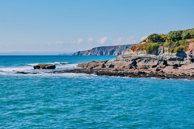 Cornish απότομος βράχος σε Porthleven, νότια Κορνουάλλη, Αγγλία στοκ φωτογραφία με δικαίωμα ελεύθερης χρήσης