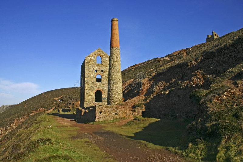 Download Cornish Tin Mine Agaist Blue S Stock Photo - Image: 2663002