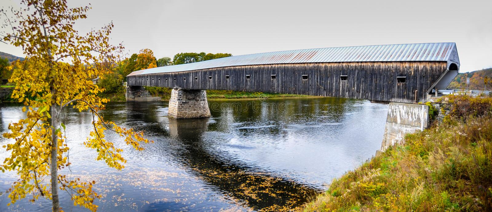 Corniska Windsor Covered Bridge arkivfoton