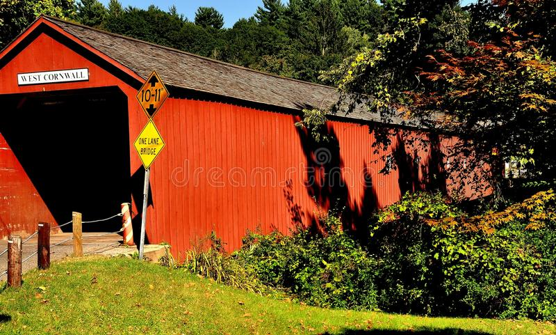Cornovaglia ad ovest, CT: Ponte coperto 1864 immagini stock libere da diritti