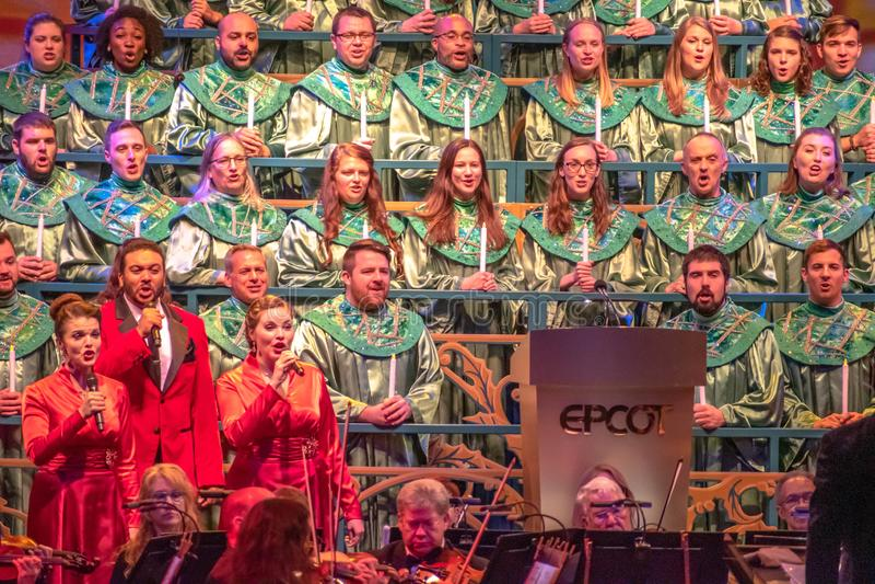 Coro e orchestra di Candlight Narrators alla Epcot 2 fotografia stock libera da diritti