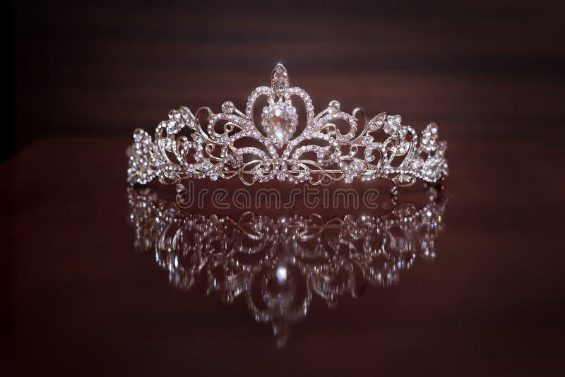 Coroa real, diadema Símbolo da riqueza do poder e do sucesso fotos de stock
