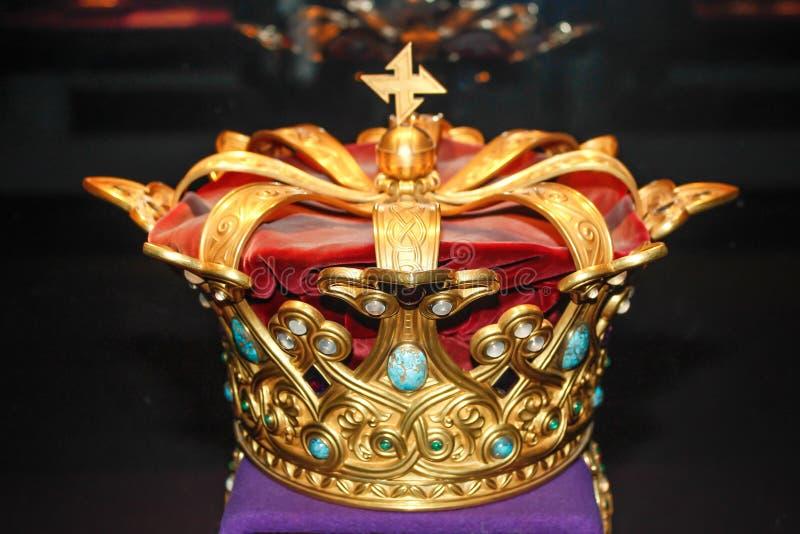 Coroa real do ouro foto de stock royalty free