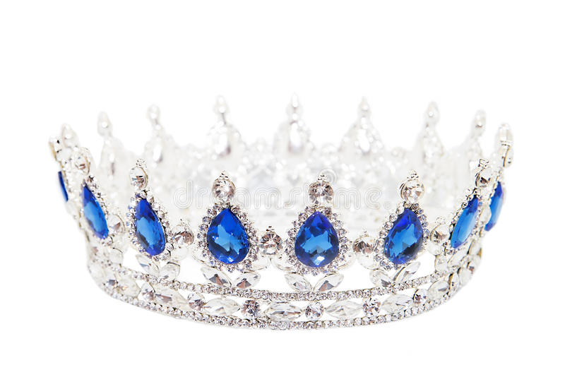 Corona con zaffiro isolato su fondo bianco Simbolo reale immagini stock libere da diritti