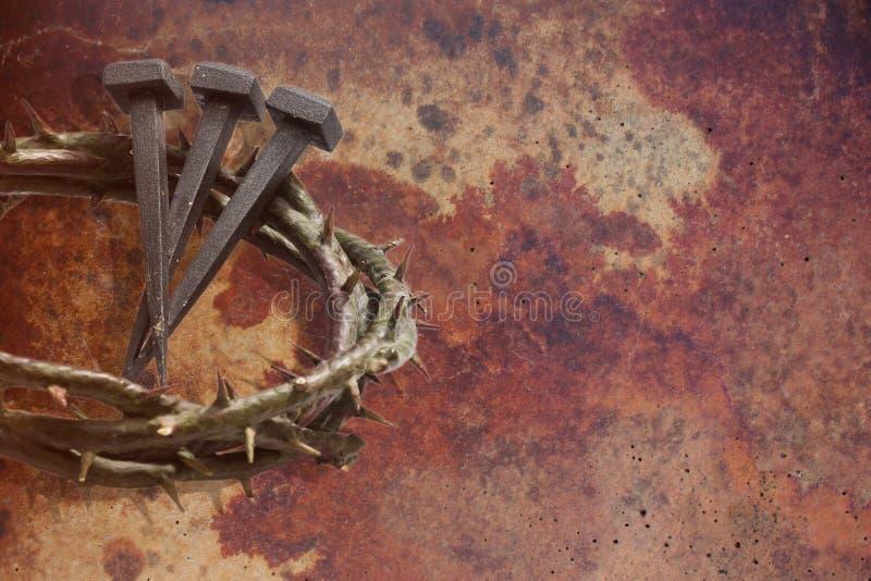 Corona de Jesus Christ de espinas y de clavos fotografía de archivo libre de regalías