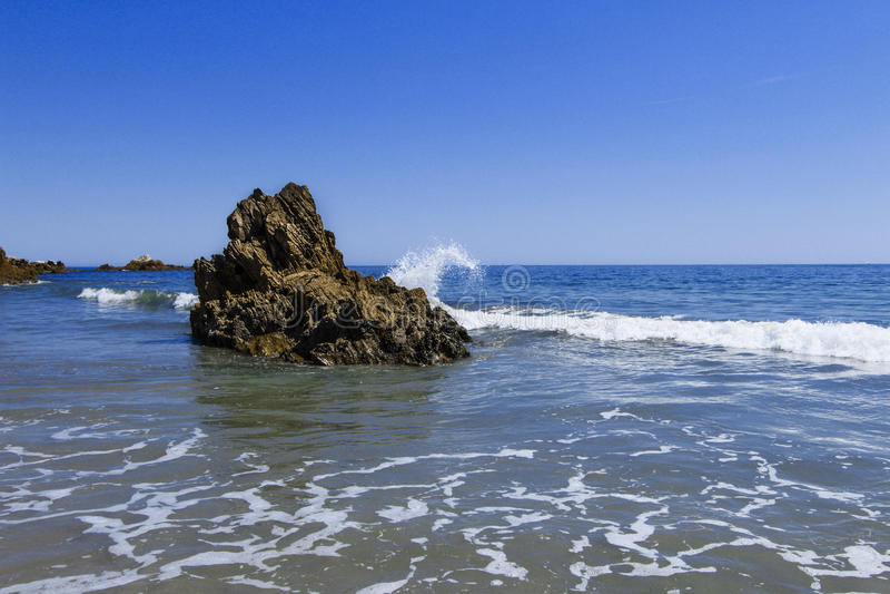 Corona Del Mar Rock lizenzfreies stockfoto