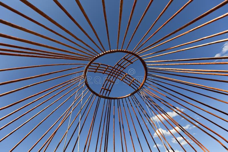 Corona della cupola di un yurt nomade nel Kazakistan immagine stock libera da diritti