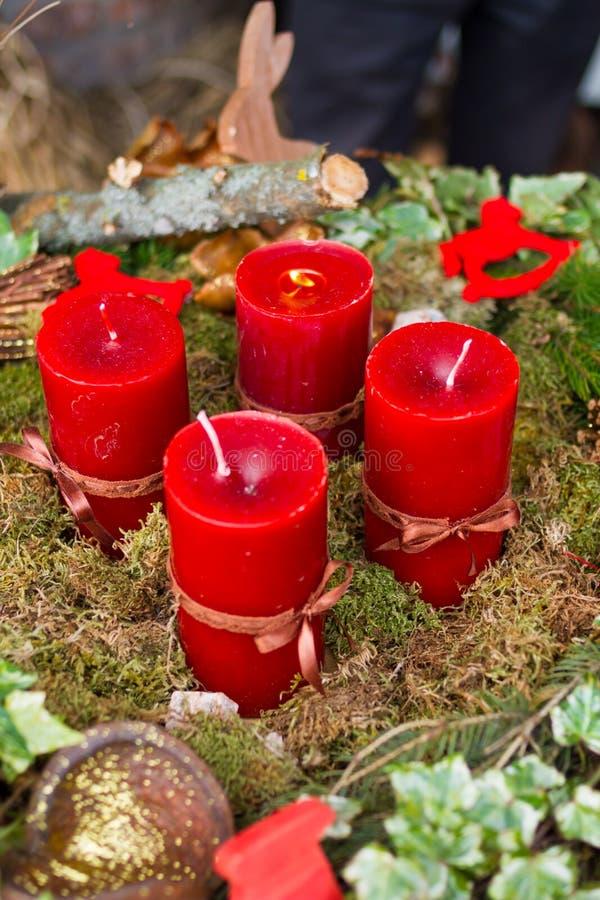Corona di avvenimento con le candele immagine stock