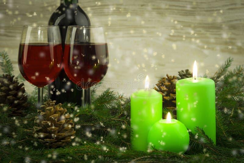 Corona di avvenimento di natale con le candele burning fotografie stock libere da diritti