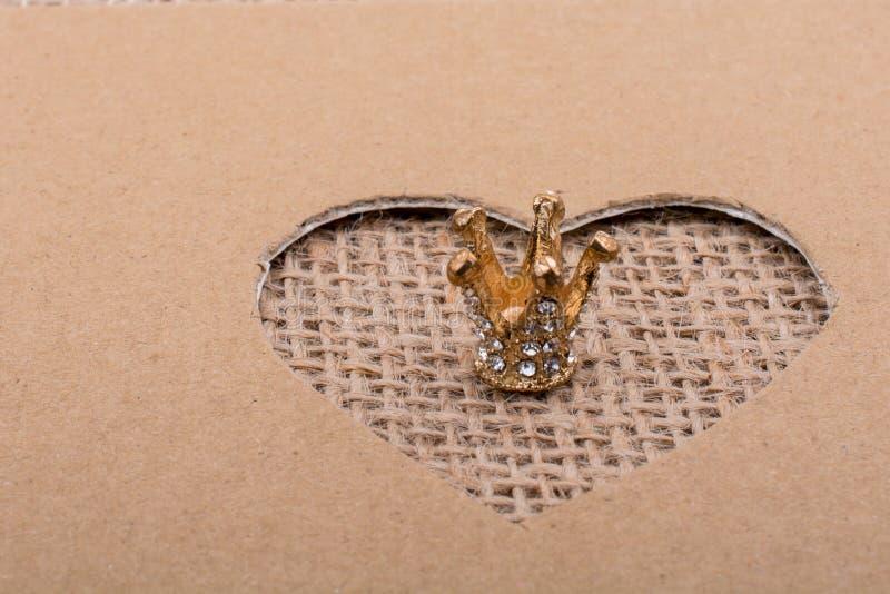 Corona vista con forma del corazón foto de archivo