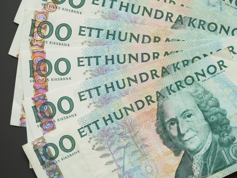 100 coronas suecas y x28; SEK& x29; notas, moneda de Suecia y x28; SE& x29; imagen de archivo libre de regalías