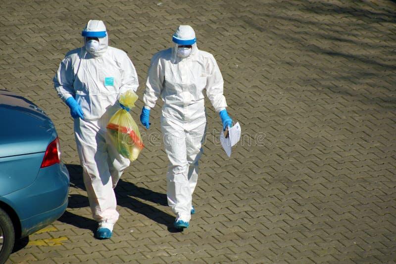Coronavirus, bescherming tegen de uitbraak van Covid-19 in Italië stock foto