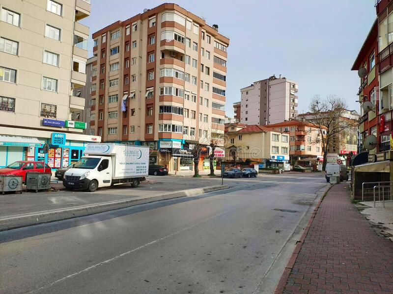 Coronavirus: Lege straten als Turkije straten voor landelijke blokkering Mensen mogen het weekend niet naar huis, tenzij stock foto