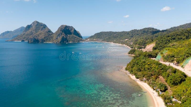 Corong Corong strand, El Nido, Palawan, Filippinerna, sikt från över royaltyfria foton