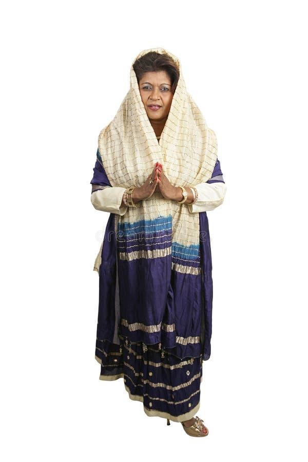 Corpo cheio da roupa indiana tradicional imagens de stock royalty free