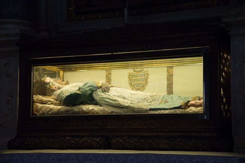 Corpo de Zita de Saint preservado em Chiesa di San Salvatore, Lucca foto de stock royalty free