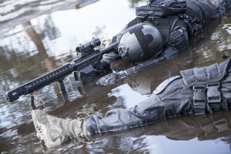 Corpos de operadores das forças especiais fotos de stock
