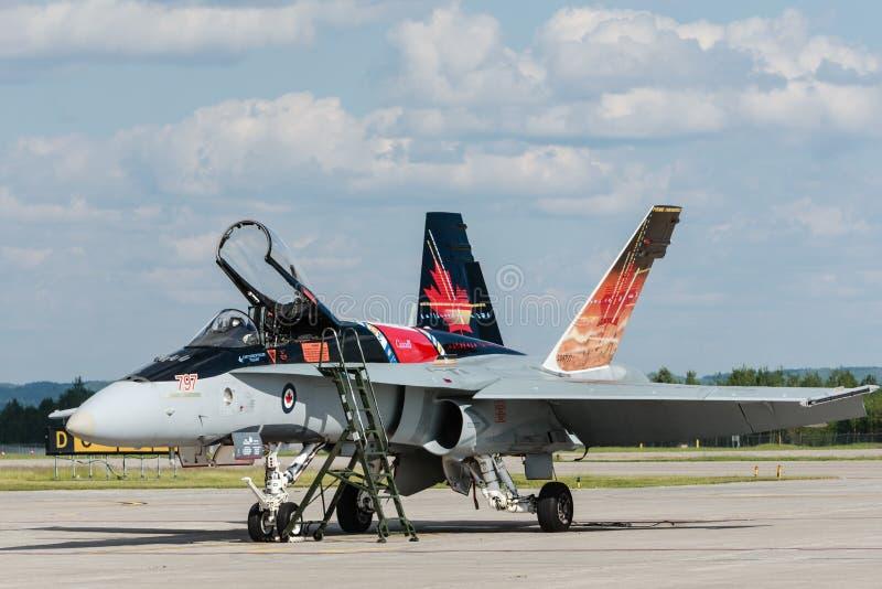 Corps d'aviation canadien royal (la Force Aérienne Royale Canadienne) CF-18, peinture canadienne. photographie stock libre de droits