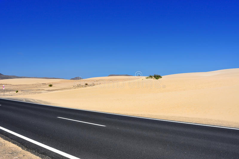 Corralejo沙丘在费埃特文图拉岛 免版税图库摄影