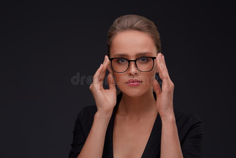 Corrección de Vision, tienda óptica, concepto de la tienda de los vidrios imagenes de archivo