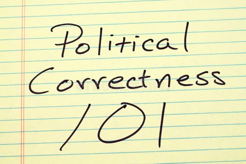 Corrección política 101 en un cojín legal amarillo fotografía de archivo