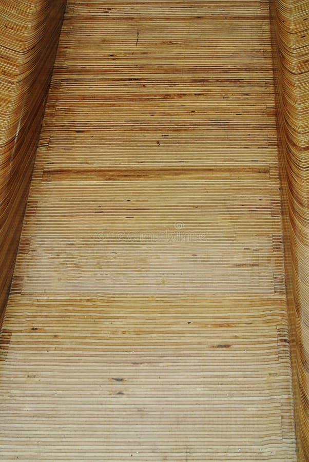 A corrediça de madeira fotografia de stock