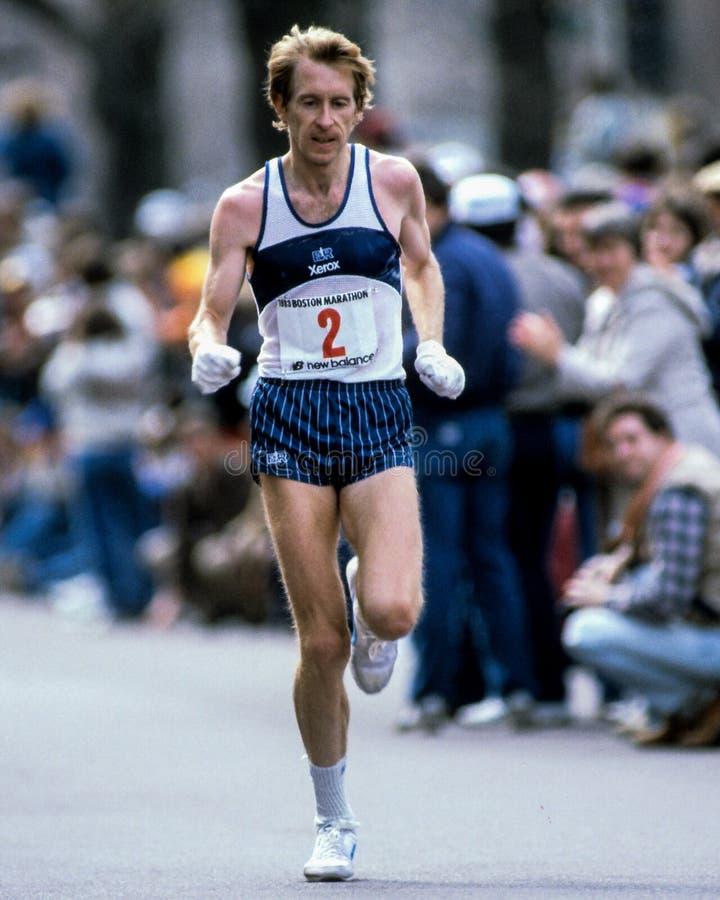Corredor de Bill Rodgers Boston Marathon imagenes de archivo