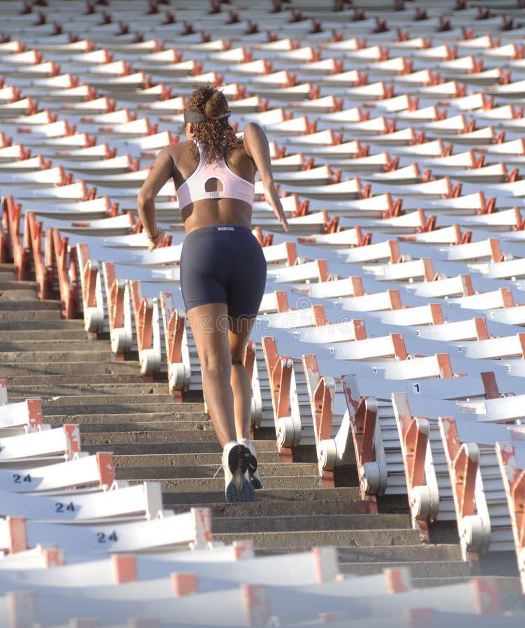 Corredor em escadas do estádio imagens de stock royalty free