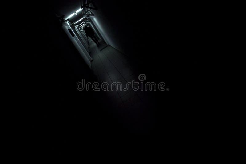 Corredor escuro foto de stock