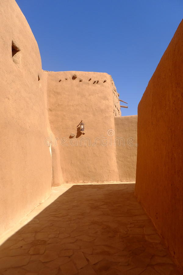 Corredor na cidade de Al Qassim, reino de Arábia Saudita imagens de stock