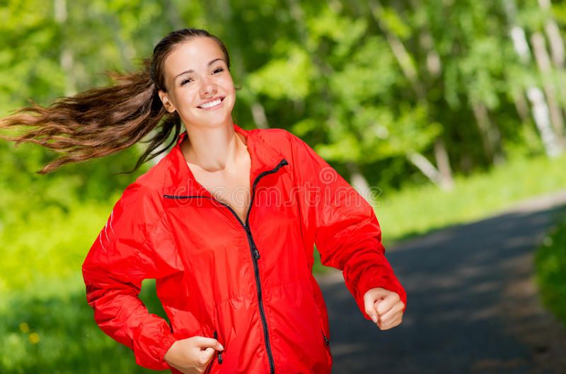 Corredor novo saudável do atleta fêmea imagem de stock royalty free