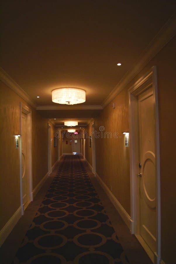 Corredor salão hallway passagem passageway fotografia de stock