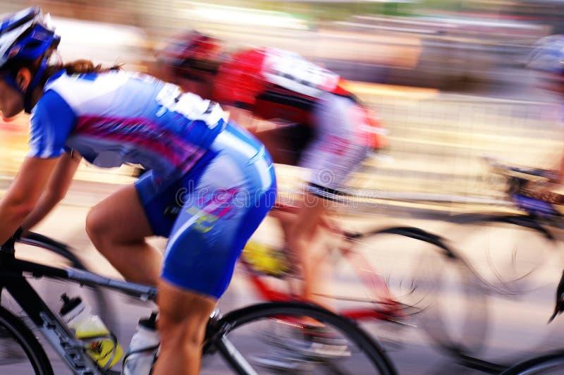 Corredores de la bici imagen de archivo libre de regalías