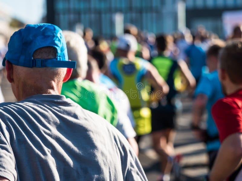 Corredores de maratón en Berlín foto de archivo libre de regalías