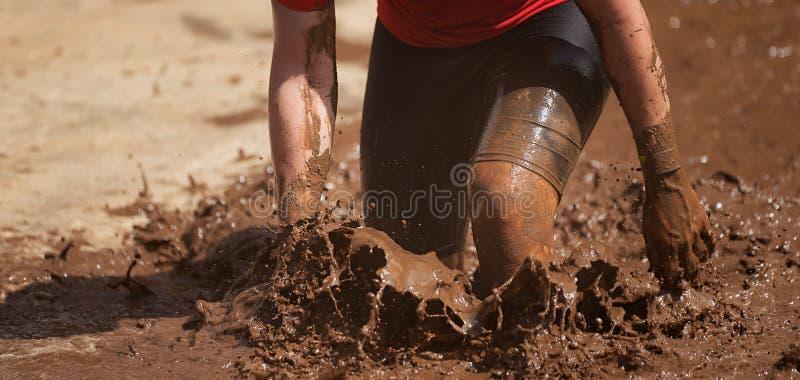 Corredores de raza del fango foto de archivo libre de regalías