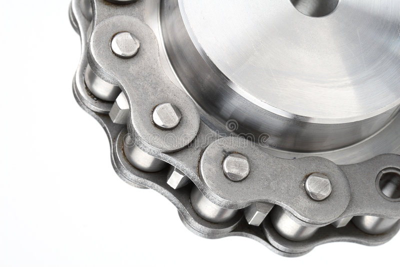 Corrente de ligação do metal e roda denteada fotografia de stock