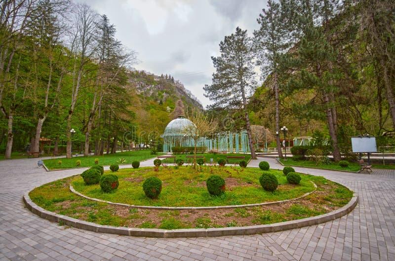 Correnti dell'acqua minerale di Borjomi fotografia stock libera da diritti